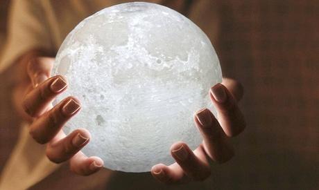 Luz de ambiente en forma de luna