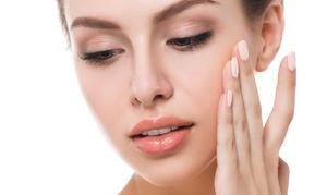 Centrum Medycyny Estetycznej Re Clinic: Zabieg usuwania cieni pod oczami z maską za 39 zł i więcej w Centrum Medycyny Estetycznej Re Clinic – 2 lokalizacje