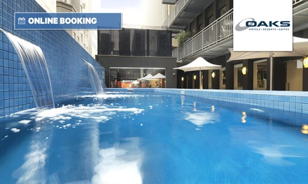 Melbourne, CBD: One Night in a Studio Room for Two with Breakfast, Wine and Late Check-Out  at 4.5* Oaks on Collins