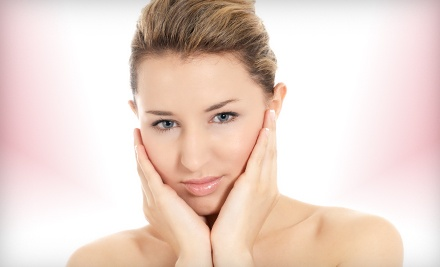 Choice of 1 IPL Facial or Laser Genesis Skin-Therapy Treatment (a $375 value) - Luna's Medi Spa in Columbia