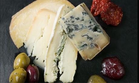 Käse-Platte inkl. 1 oder 2 Flaschen 0,75 l Berlinale Wein für 2 oder 4 Pers. im Lavida Wine Club