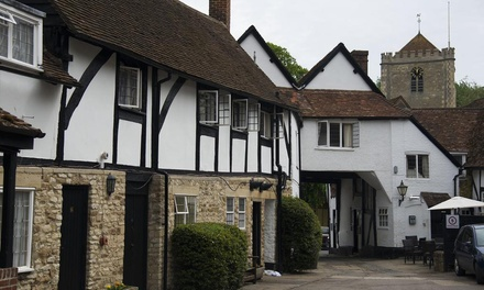 Oxfordshire: Double Room for Two with Breakfast and Option for TwoCourse Dinner at The George Hotel