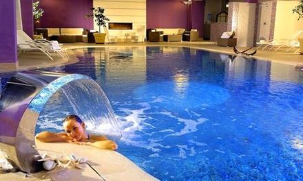 Rimini 4*: 1 o 2 notti con trattamento a scelta e Spa per 2 Yes Hotel Touring Wellness&Spa Resort