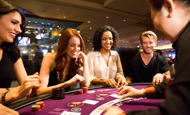 Bluetooth las vegas strip poker