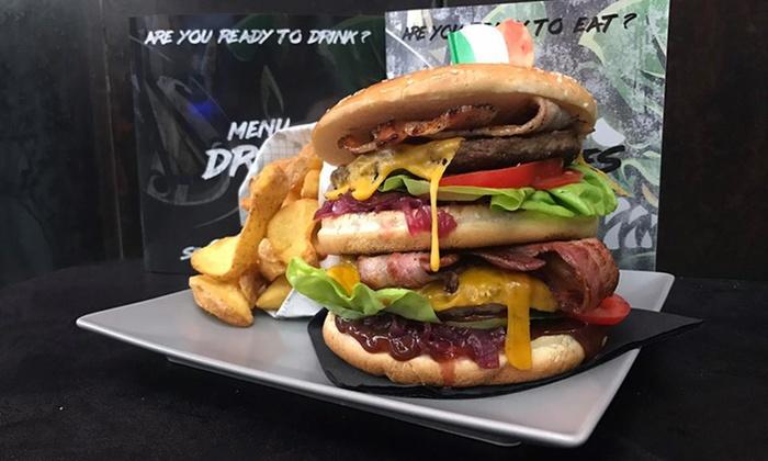 Menu hamburger da 360 gr e birra con 60 minuti di gaming su console o PC al Moba zona Città Studi (sconto fino a 55%)