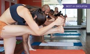 Bikram Yoga People - Vicenza: Un mese (8 lezioni) di Bikram Yoga per una o 2 persone al centro Bikram Yoga di Vicenza (sconto fino a 83%)