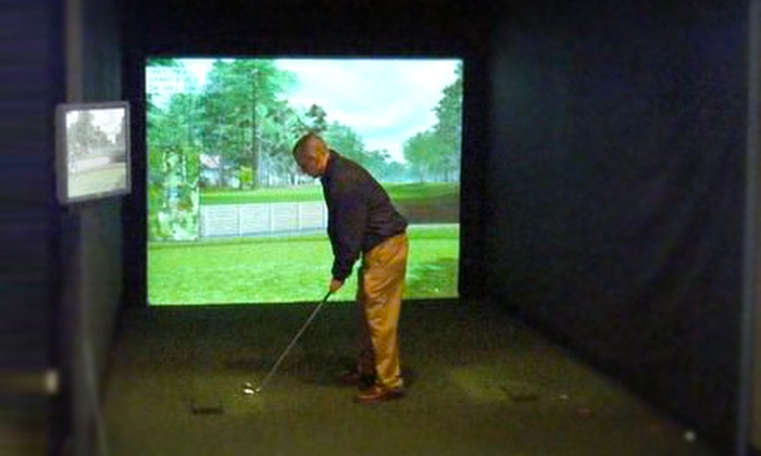World of Golf - Florence: Two- or Four-Hour Golf-Simulator Session for Up to Four at World of Golf in Florence (Up to 55% Off)