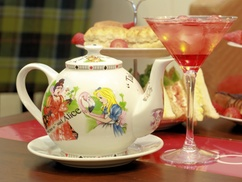 4-Star Icon Hotel Luton   : Traditional or Champagne Afternoon Tea for Two or Four at 4-StarIcon Hotel Luton (Up to 56% Off)
