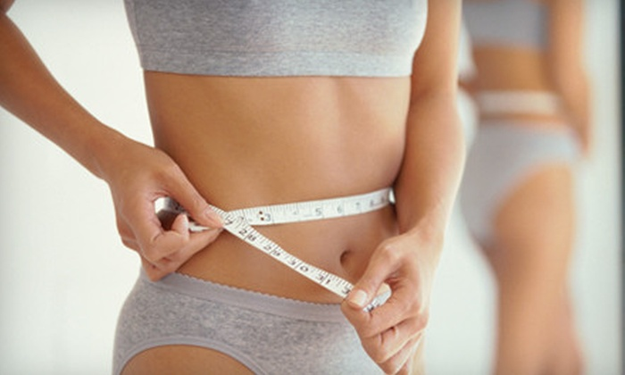 Infinite Vitality Weight Loss - Clearwater: $54 for Five Fat-Burning MIC Injections and 120 Calcium-Pyruvate Capsules at Infinite Vitality Weight Loss in Clearwater ($175 Value)