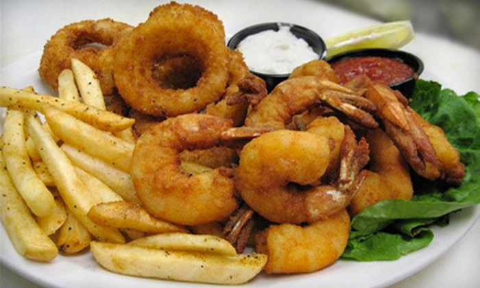 Loggerhead's Beach Grill - Folly Beach: $15 for $30 Worth of Sandwiches, Wraps, and Seafood at Loggerhead's Beach Grill