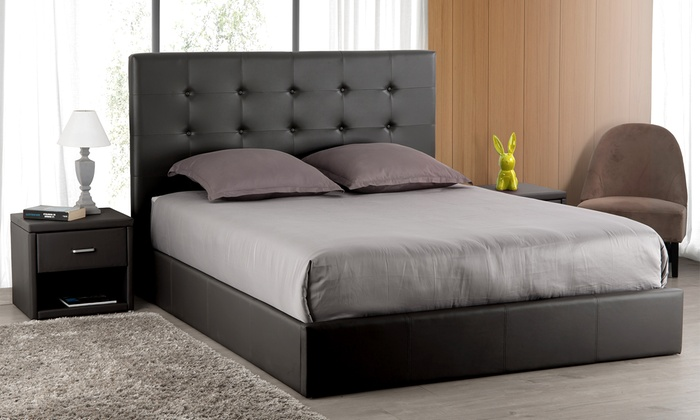 lit coffre t te de lit groupon shopping. Black Bedroom Furniture Sets. Home Design Ideas