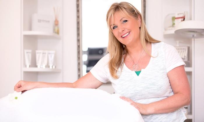 Ageless Beauty AntiAging-SkinCare - Ageless Beauty AntiAging-SkinCare: Exklusive Gesichtsbehandlung für eine Person bei Ageless Beauty AntiAging-SkinCare (bis zu 46% sparen*)