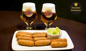 Bar Brejas: 1 ou 2 porções de croquetes de carne recheados com queijo brie + 2 ou 4 chopes