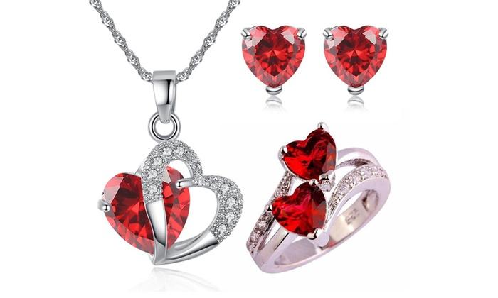 Set orecchini, pendente e anello