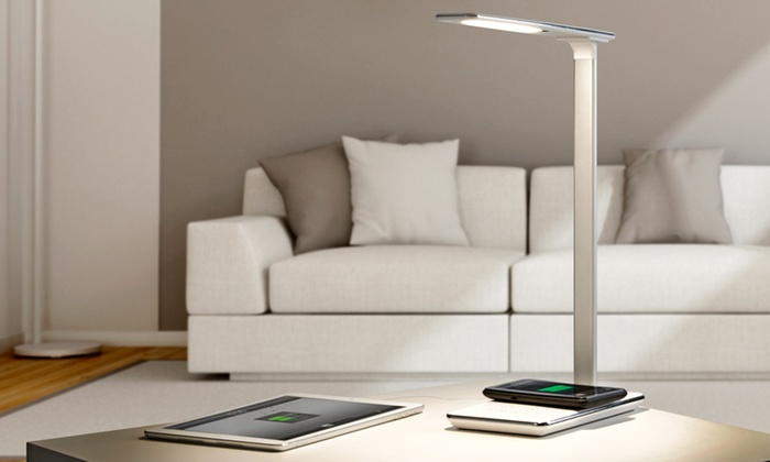 lampe avec chargeur sans fil groupon shopping. Black Bedroom Furniture Sets. Home Design Ideas