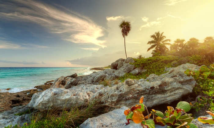 All-Inclusive Ocean Riviera Paradise Trip w/Air from Apple Vaca