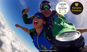Escola Brasileira de Paraquedismo: Escola Brasileira de Paraquedismo – Boituva: salto de paraquedas duplo para 1 ou 2 pessoas