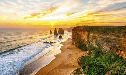 Apollo Bay: Up to 7Night Beachside Stay for Two or Four with Wine and Late CheckOut at The Apollo Apartments