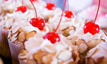 $12 for Six Gourmet Cupcakes at Cupcake Á La Mode ($21 Value)