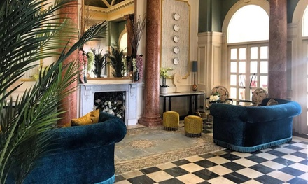 Portsmouth: Double Room • Holiday deals Queens Hotel