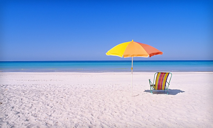 The Beach Club at Anna Maria - Bradenton Beach: Three- or Four-Night Stay for Four in a One-Bedroom Condo at The Beach Club at Anna Maria in Florida