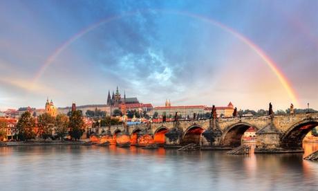 Vacanza  Praga: volo + 2 o 3 notti con colazione all'Hotel Assenzio 4* e crociera sulla Moldava- Prezzo a persona