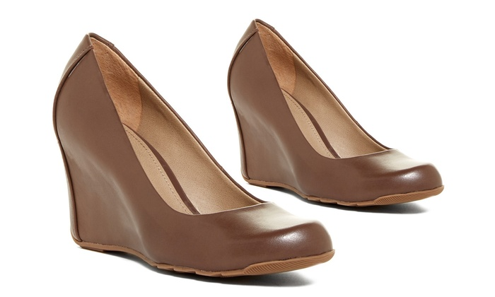 Kenneth Cole Reaction Did U Tell Women's Wedge Pump: Kenneth Cole Reaction  Did U Tell