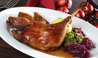 Gänse- oder Entenkeule mit Kartoffelklößen, Rot- od. Grünkohl für Zwei oder Vier im Endlos Restaurant Café (40% sparen*)