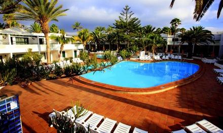 Groupon.it - ? Lanzarote: volo e 7 notti in camera, solo pernottamento, inaparthotel 3*– Prezzo a persona