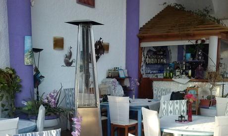 Menú para 2 o 4 con surtido de entrantes, mariscada, postre y bebida desde 49,95 € en Es Mollet