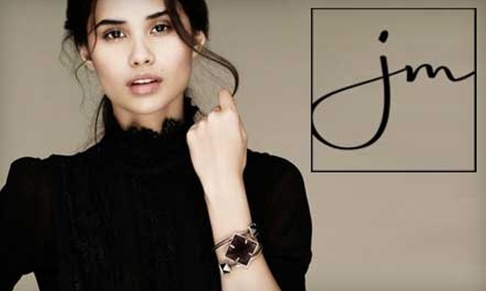 JewelMint: $15 for One Piece of Jewelry, Plus a One-Month Subscription, from JewelMint ($30 Value)