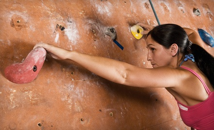 60-Minute Learn to Climb Class and 1 All-Day Pass - Milwaukee Turners in Milwaukee