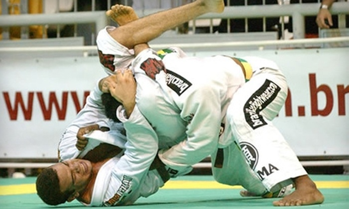 Link Brazilian Jiu-Jitsu - Layton: $39 for a One-Month Unlimited Membership at Link Brazilian Jiu-Jitsu in Layton ($130 Value)