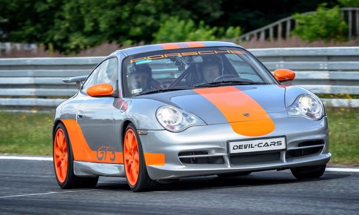 Przejazd wybranym autem wyścigowym po wybranym torze od 185 zł w Devil Cars - 2 lokalizacje
