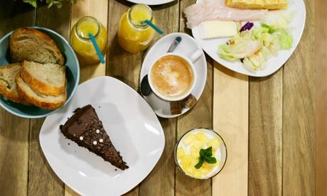 Menú de brunch con bebidas, principal y postre para 2 o 4 personas desde 16,99 € en La Dorrego