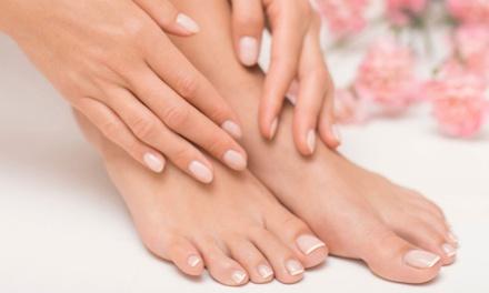 Fino al 60% di sconto su manicure da Centro Estetico Rosanna a 7,20€euro