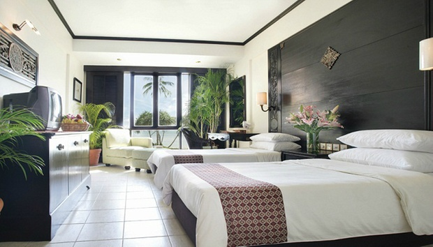 Bintan: 4* Nirwana Resort + Ferry 1