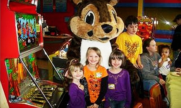 Mama Lea's Kids Zone - Owensboro: $7 for Pizzeria Fare, Drinks, and Game Tokens at Mama Lea's Kids Zone ($30 Value)