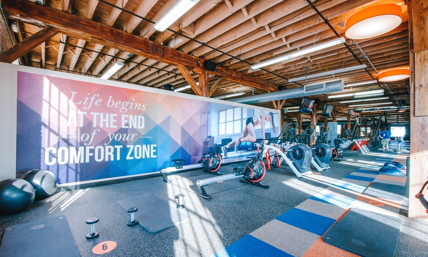 Group Training Classes Onelife Fitness Groupon