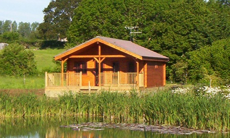 Somerset: 2, 3 or 4 Nights for Up to Four at Watermeadow Lakes & Lodges