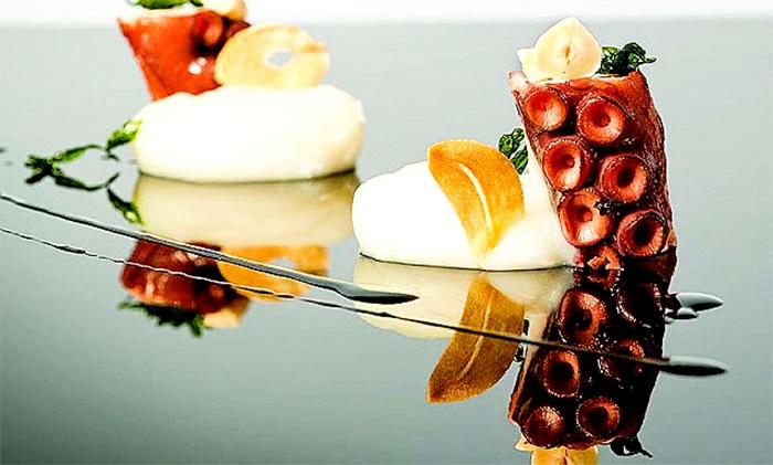 Menu di mare 4 portate con mix di antipasti al pescato, spada alla griglia e dolce da Qui Si Mangia (sconto fino a 68%)