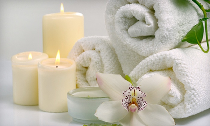 U-topia Spa - Park Shore: $70 for a Spa Package with Eyebrow Wax, Anti-Cellulite Body Wrap, and Sauna-Capsule Session at U-topia Spa ($145 Value)