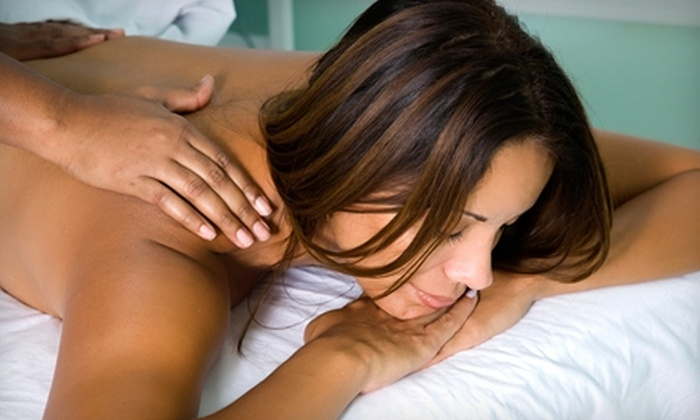 Kylemore Center - Longfellow: $30 for a 60-Minute Massage at Kylemore Center for Medicine and Healing ($65 Value)