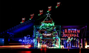 Glittering Lights  : One-Night Pass or a Season Pass to Glittering Lights Drive-Through Holiday Light Show (Up to 35% Off)