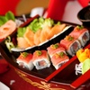 Menu con barca sushi da 44 pezzi e vino