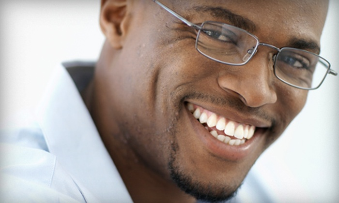 Right Dental Group - Multiple Locations: $35 for a Comprehensive Dental Exam, Cleaning, and X-rays at Right Dental Group ($300 Value)