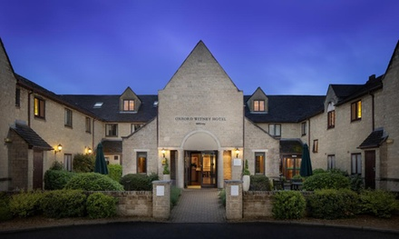 Oxfordshire: Standard or Superior Double Room for Two with Breakfast and TwoCourse Dinner at Oxford Witney Hotel