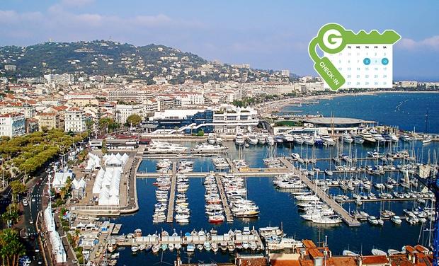 Hôtel Abrial Cannes Centre - Cannes: Cannes : Chambre double pour 2 personnes avec petit-déjeuner, parking inclus à l'hôtel Abrial Cannes Centre