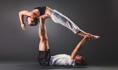 1 o 3 meses de clases de yoga o acroyoga para 1 o 2 personas desde 19,95 € en Shaolin Temple Spain