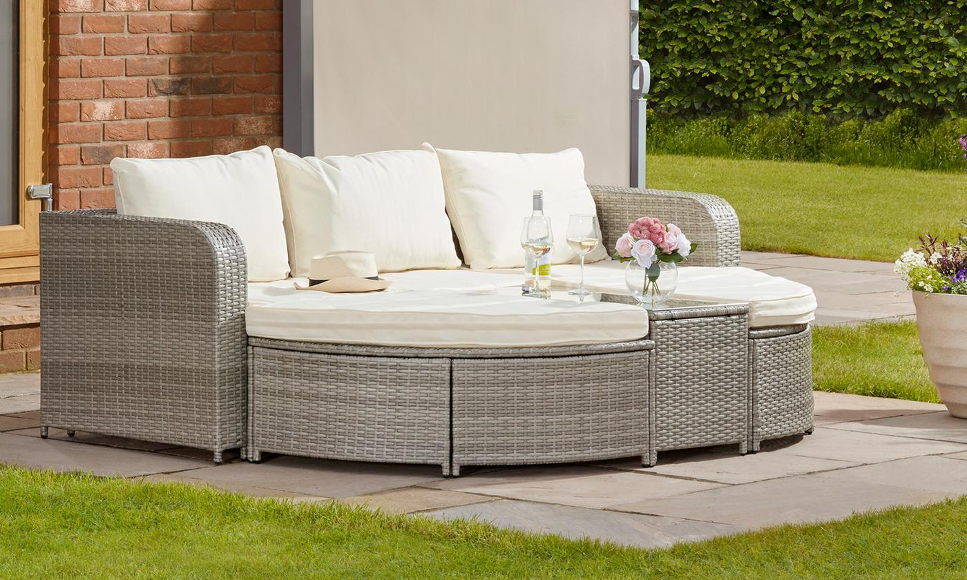 rattan effect daybed